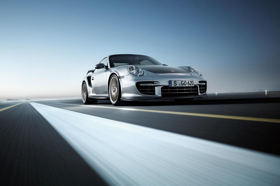 Porsche 911 GT2 Car